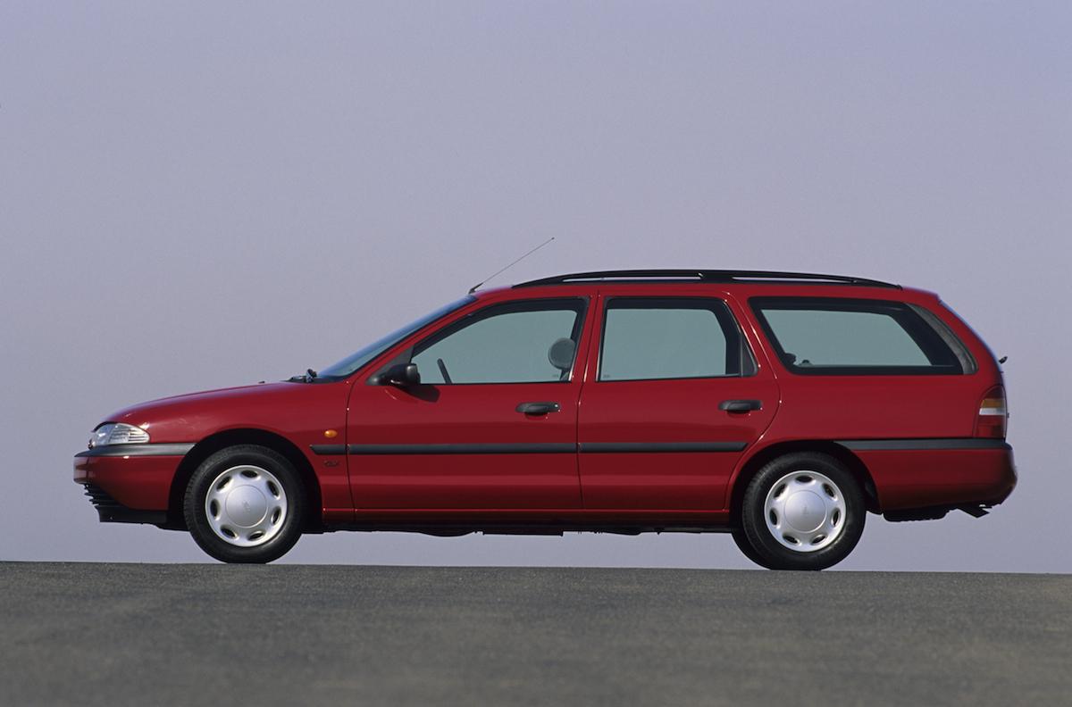 Ford-Mondeo-erste-Generation-1993.jpg