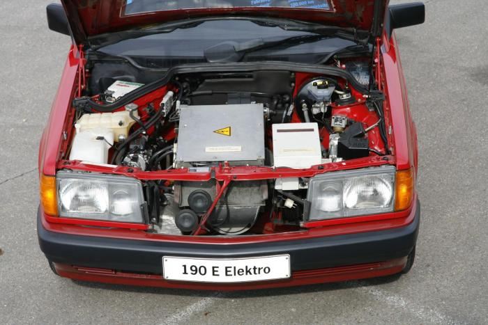 mercedes-benz-190-electric-5.jpg