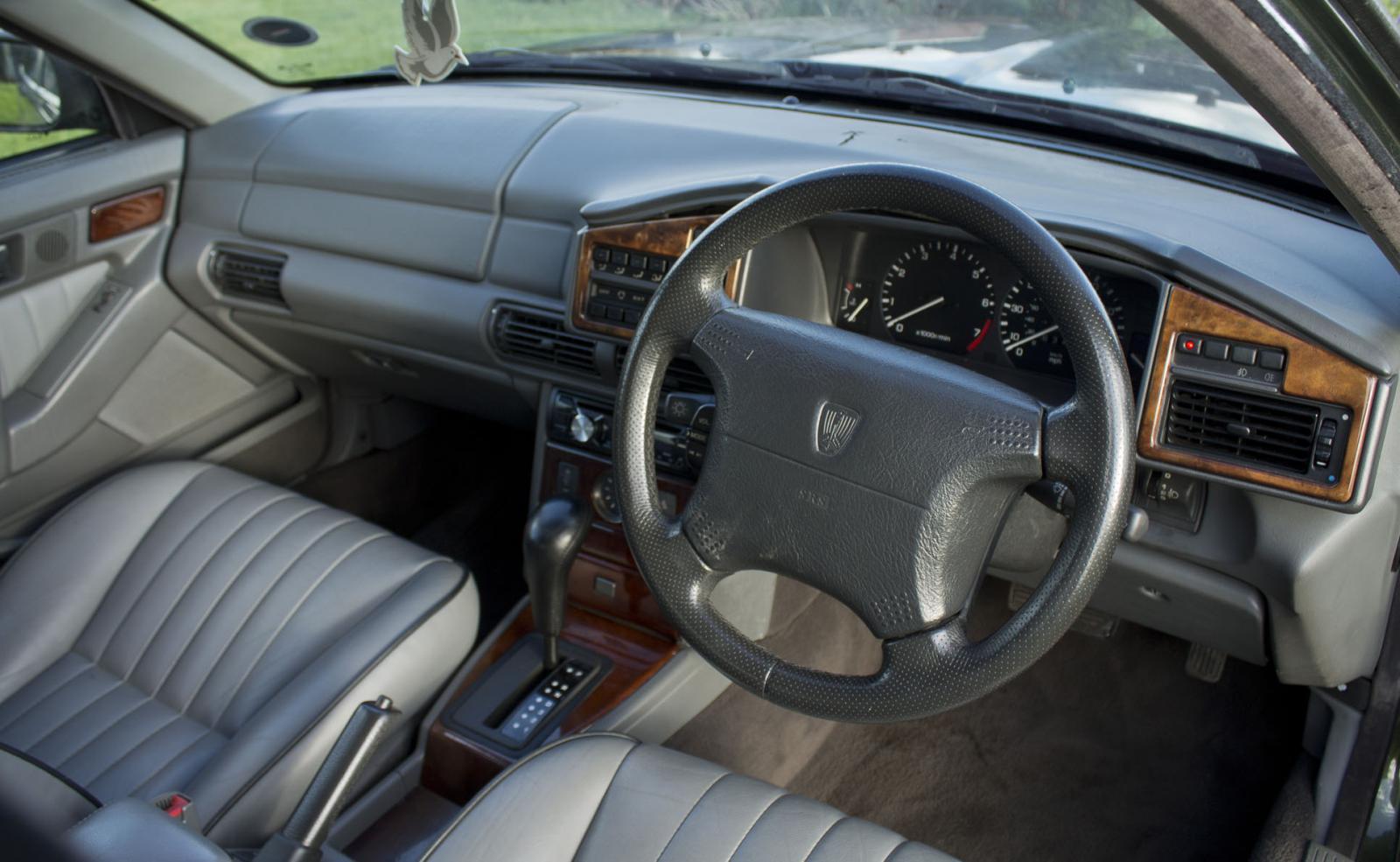 07 Roland interior front.jpg