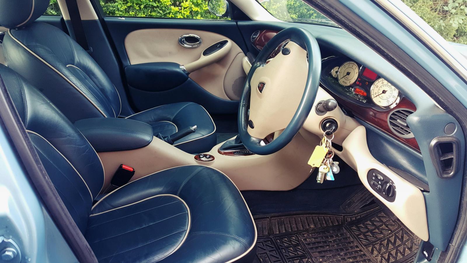 Rover Interior.jpg