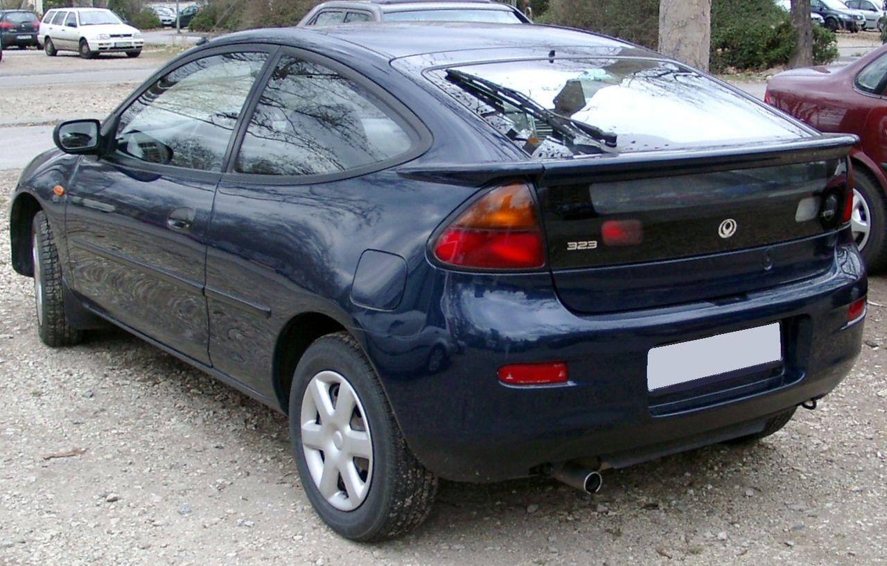 Mazda_323C_rear_20080226.jpg
