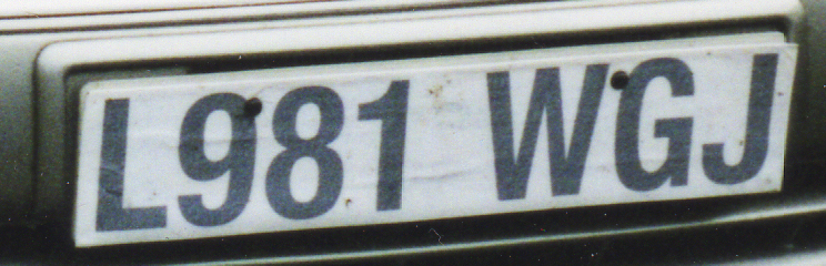 Lexus LS400 number plate.jpg