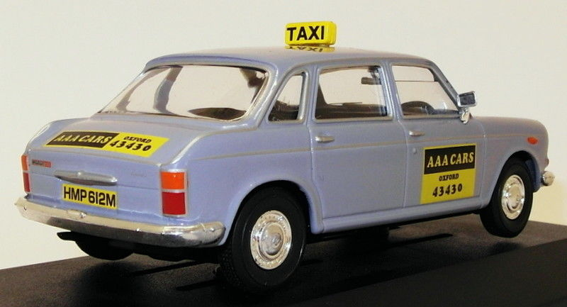 Wolseley Six AAA Taxis 2.jpg