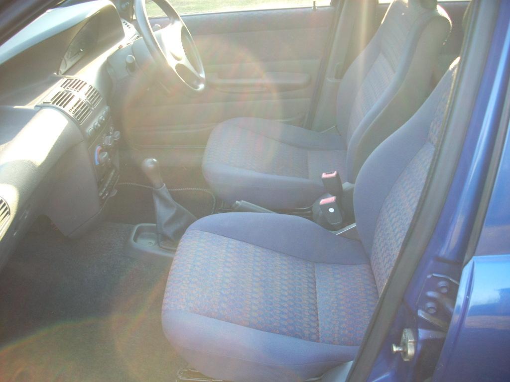 P519GGM interior front.JPG