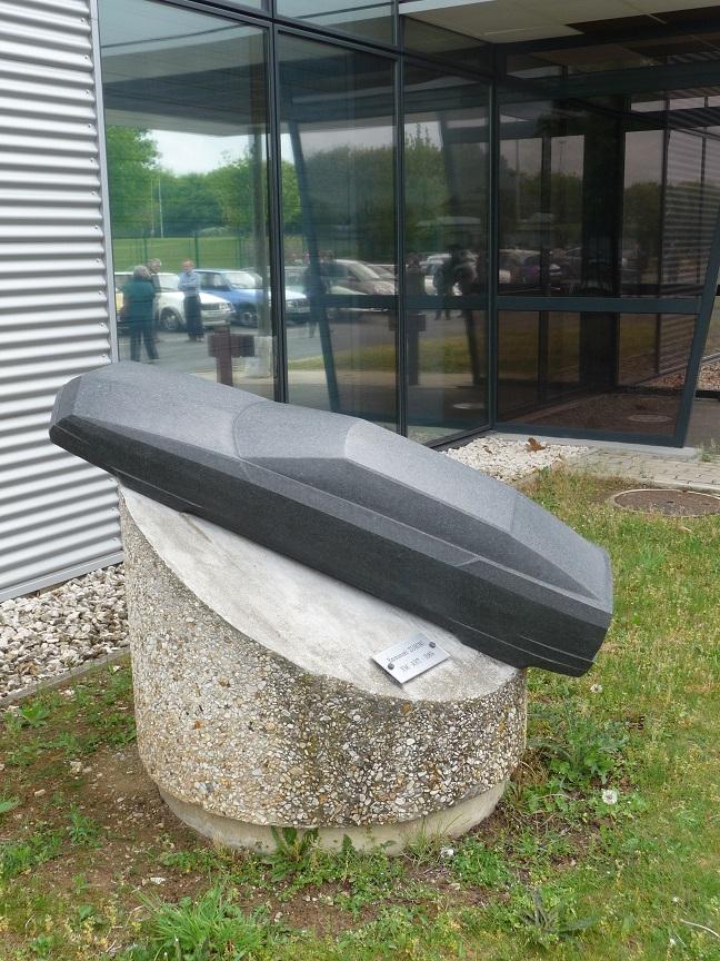 03-May-10 - XM Art sculpture - view 1.JPG