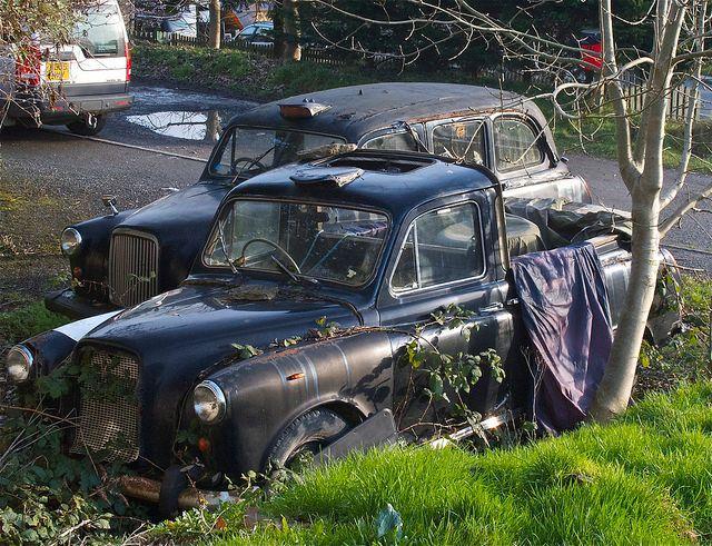 abandoned-black-cabs-hackney-carriages-uk.jpg