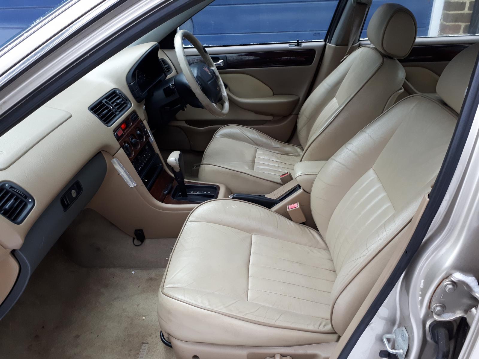 623 interior.jpg