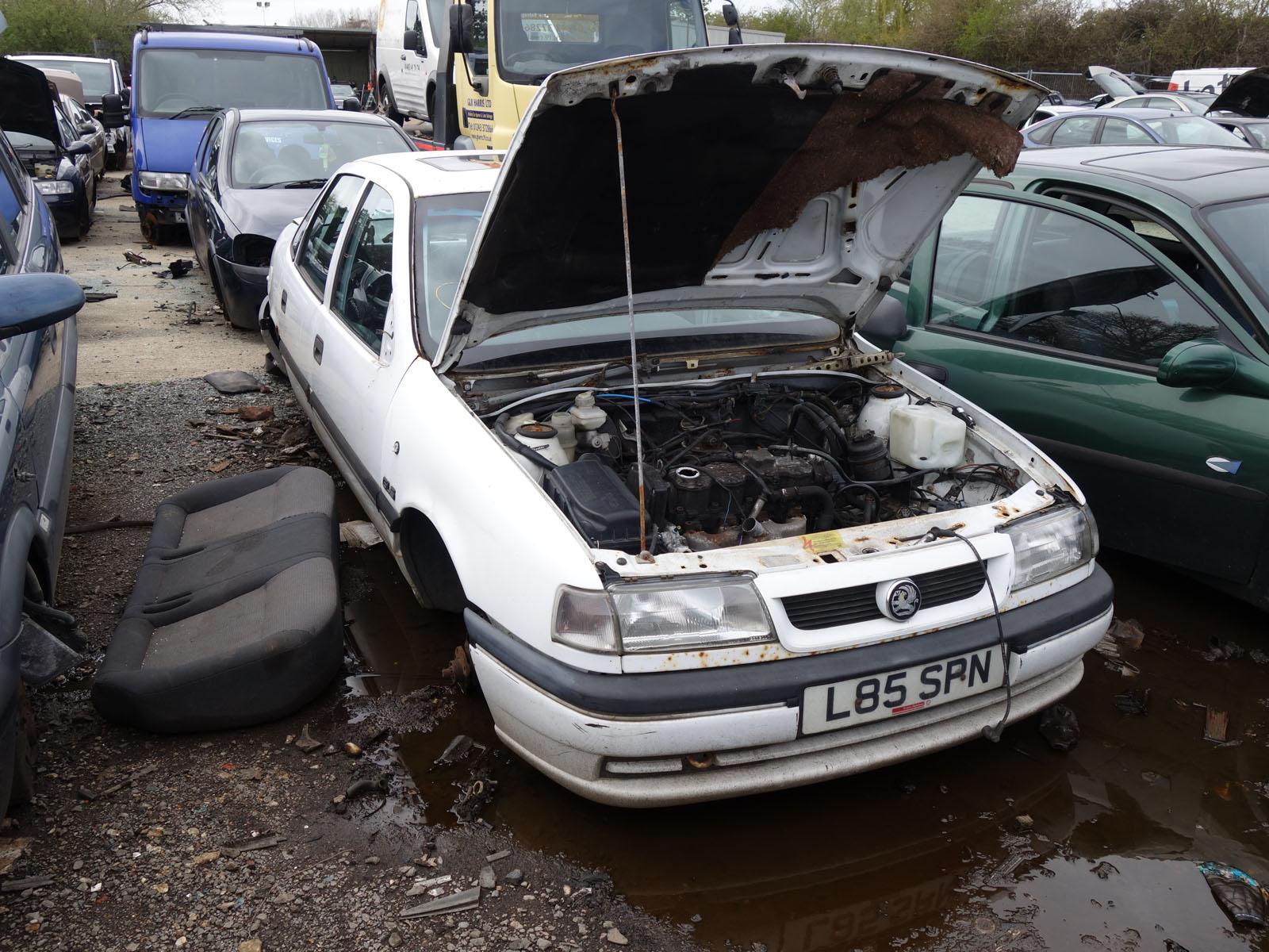 Scrap Cars Near Me >> Scrapyard G&R Harris (Renault 5 van for sale. Orange) - AutoShite - Autoshite