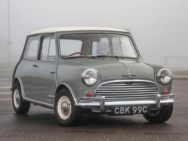 1965_morris_mini_cooper_s_970cc_1.jpg