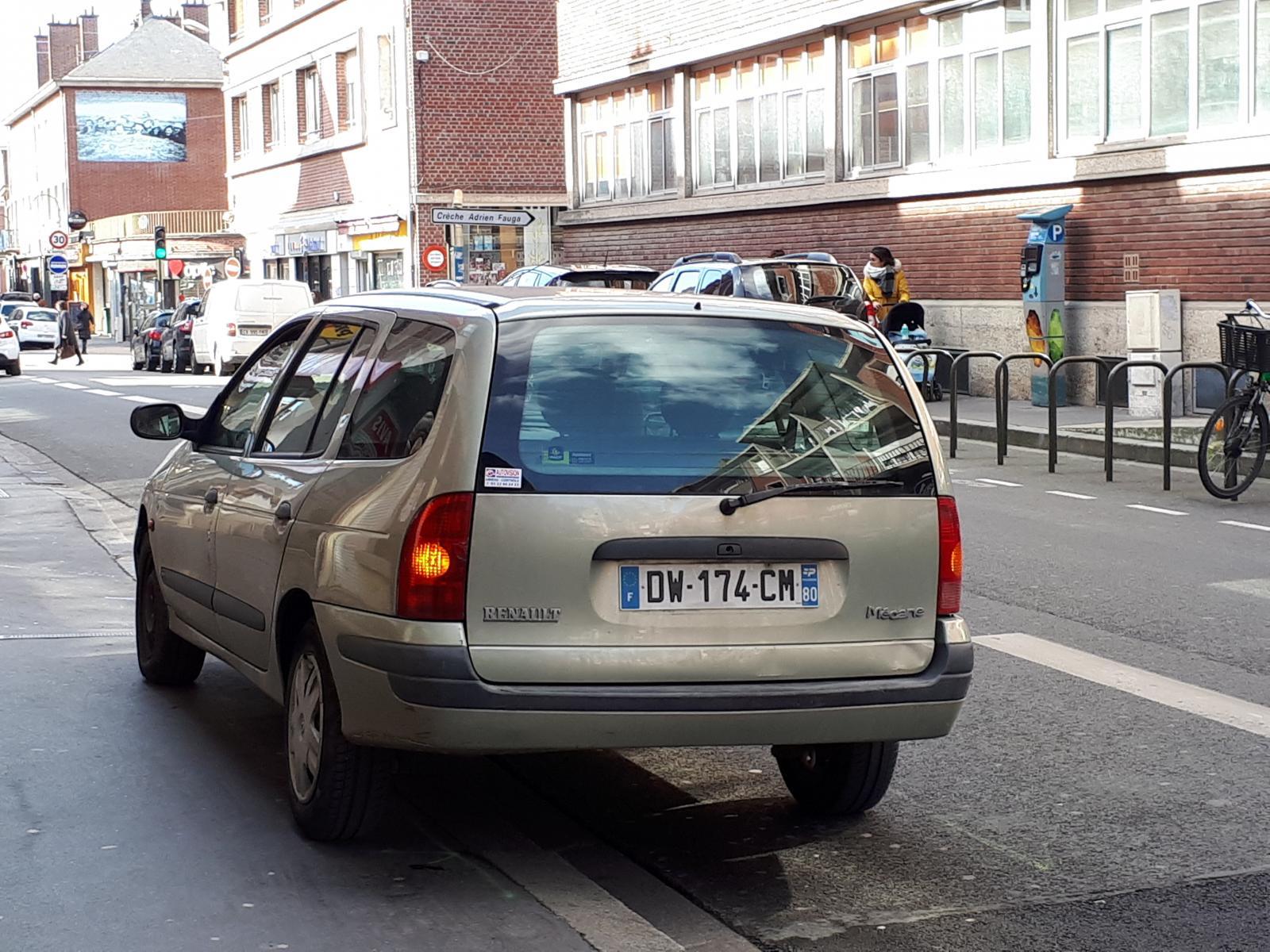 megane wagon Amiens.jpg