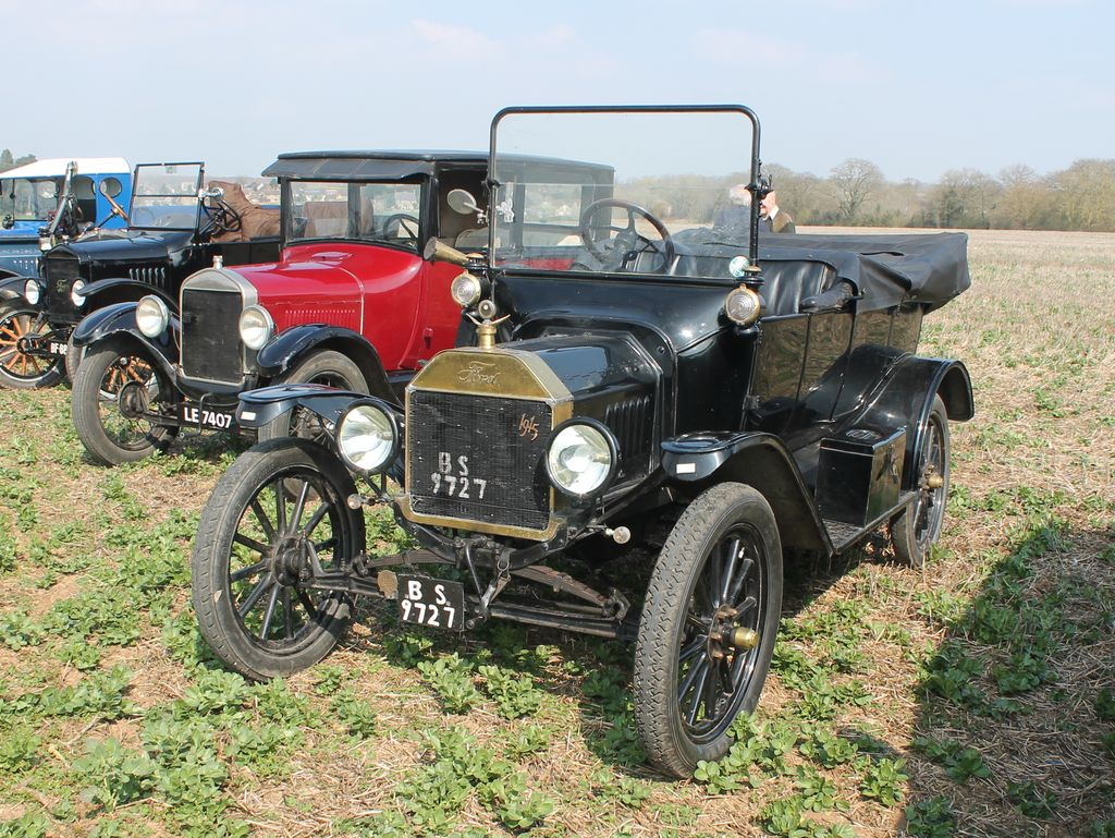Ford_ModelT_BS9727_Croughton_2019-03-30.jpg