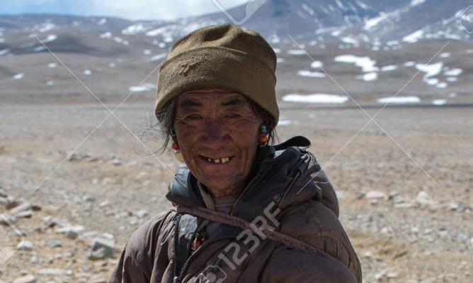 Unidentified-Tibetan-Yak-man.jpg