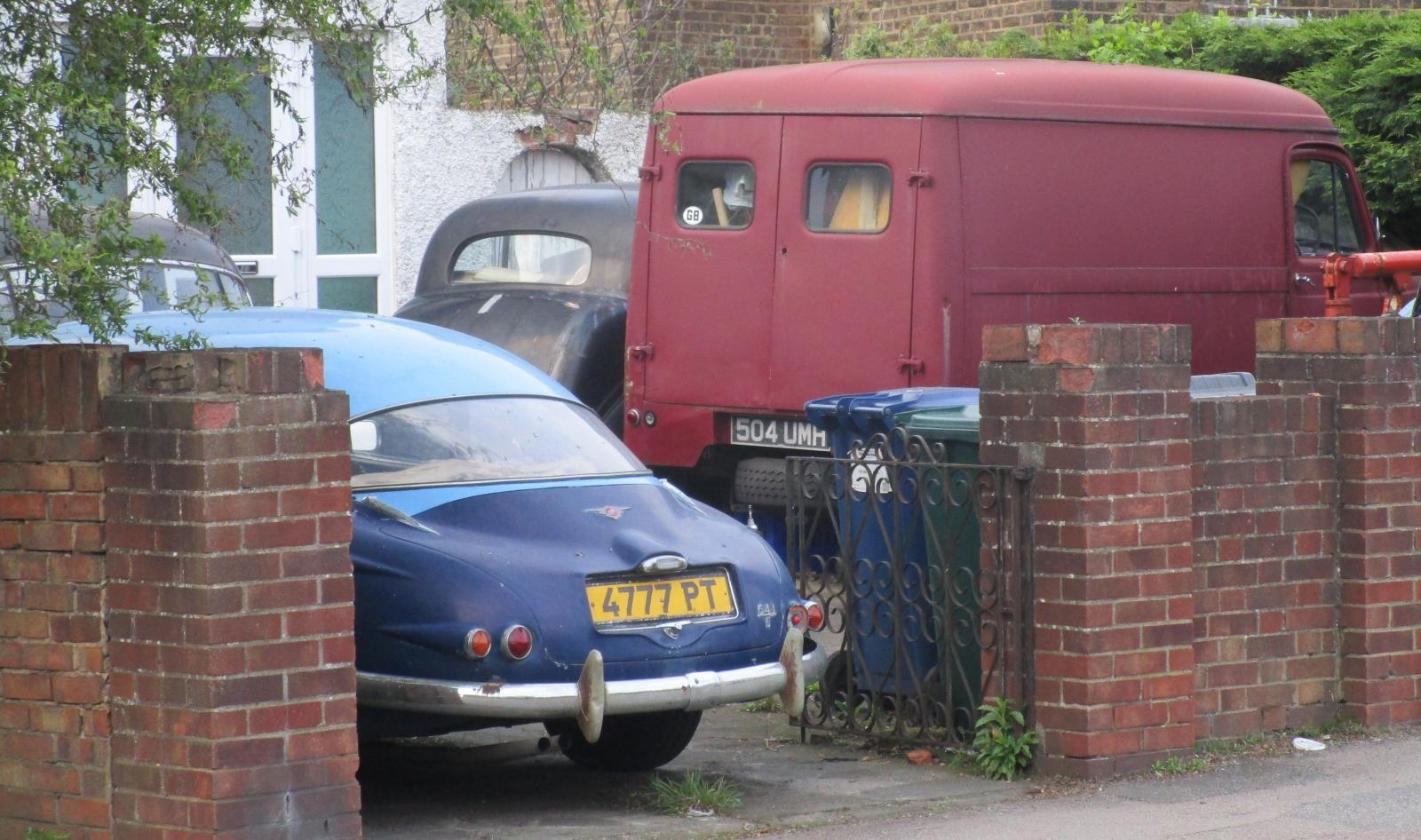 1961 Jensen 541S and 1959 Commer van.JPG