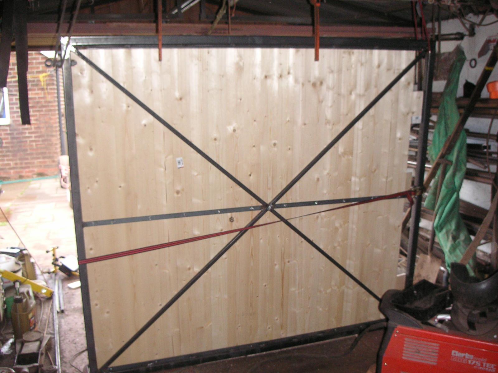 IAN GATE 003.JPG
