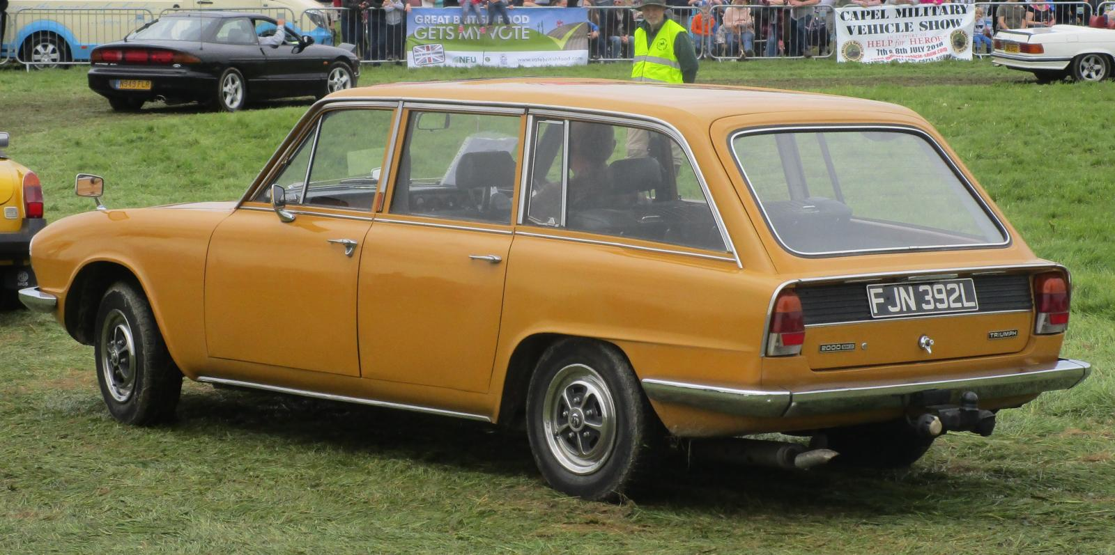1972 Triumph 2000 estate 1.JPG