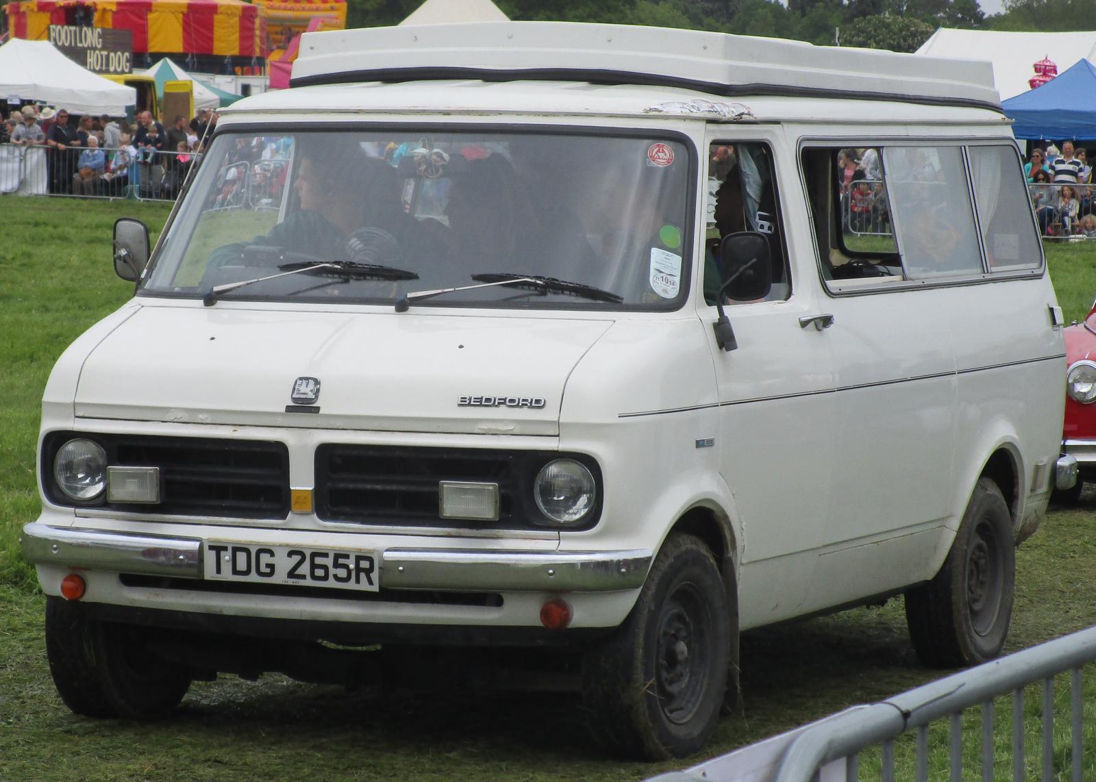 1977 Bedford CF 250 camper.JPG