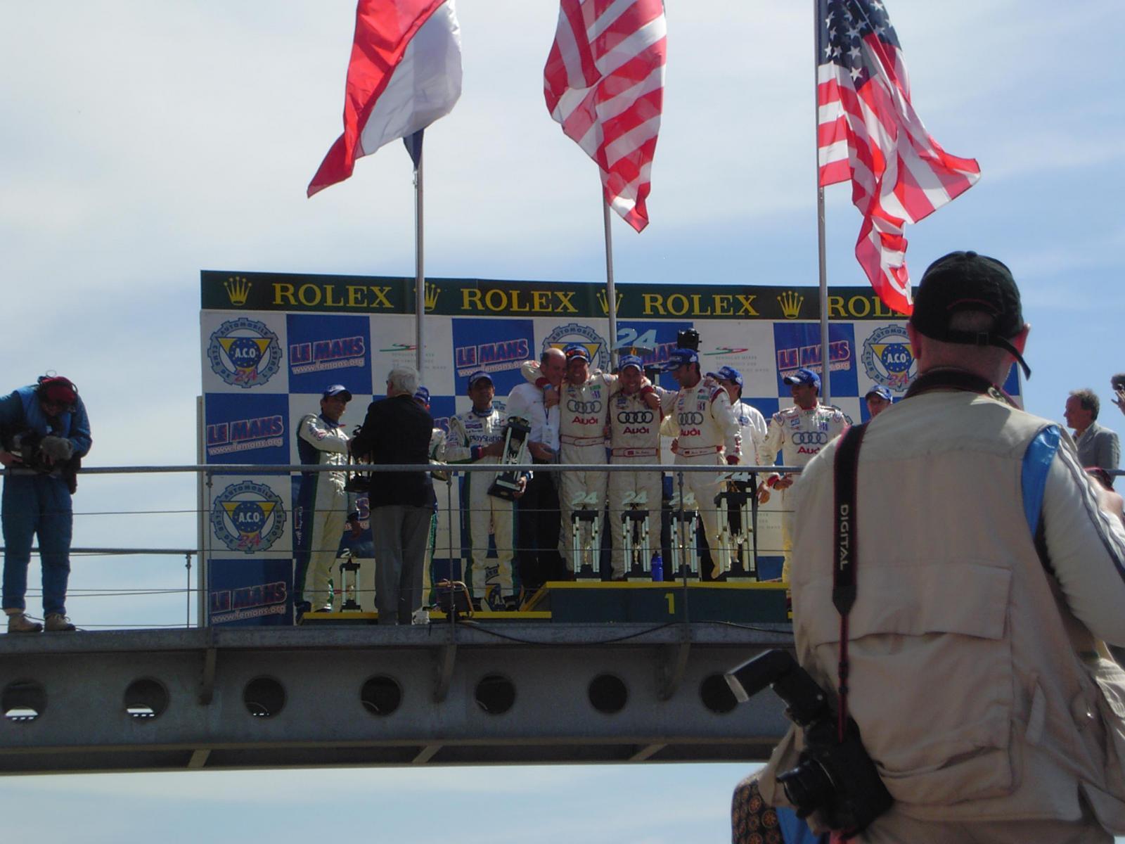 Le mans 2005 podium 03.jpg