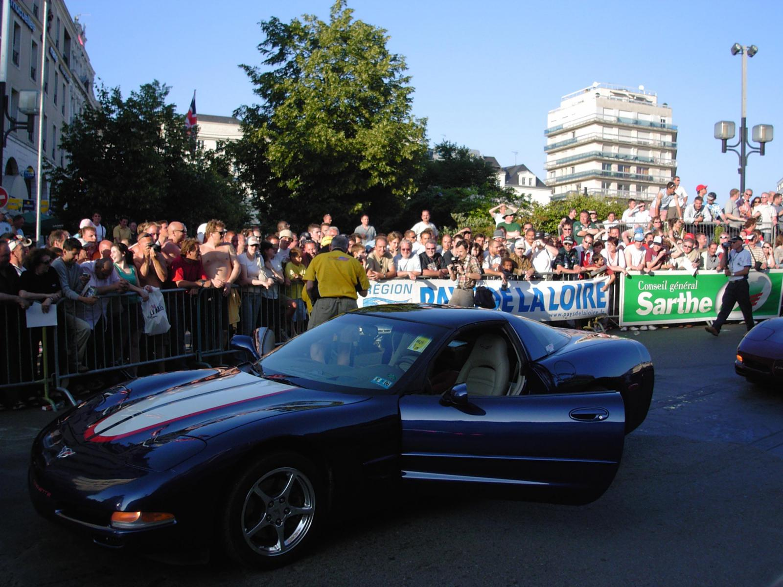 Le mans 2005 parade 01.jpg