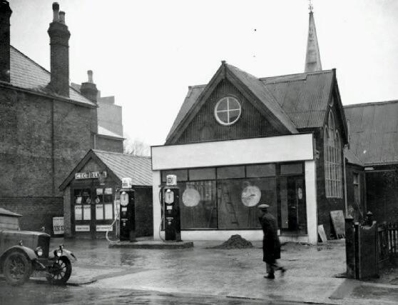 church-garage-sidcup-1934-10984062.jpg