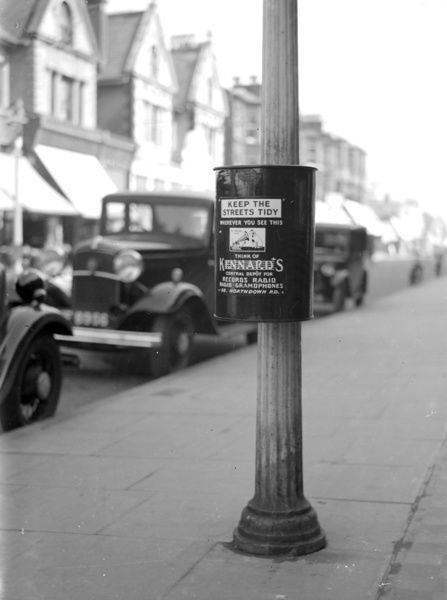 litter-bin-in-margate-kent-1933-10986392.jpg