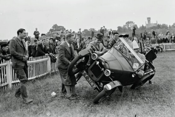 the-gravesend-and-district-motor-cycle-gymkhana-10991543.jpg