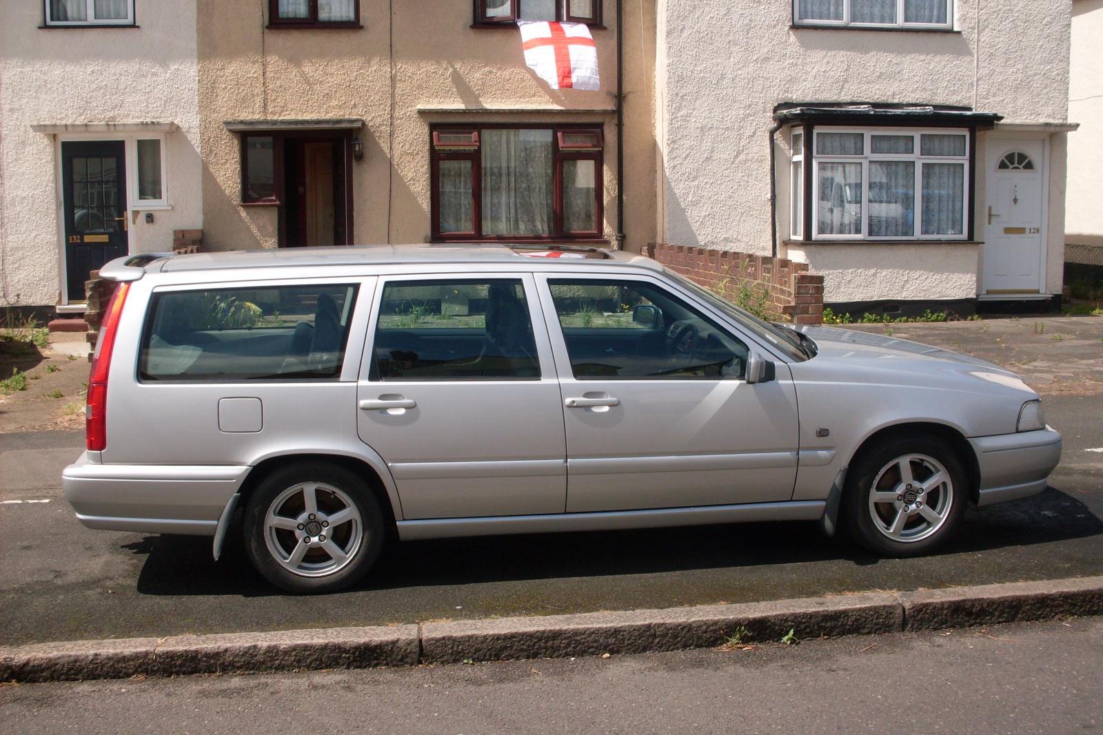 My Volvo 5.JPG