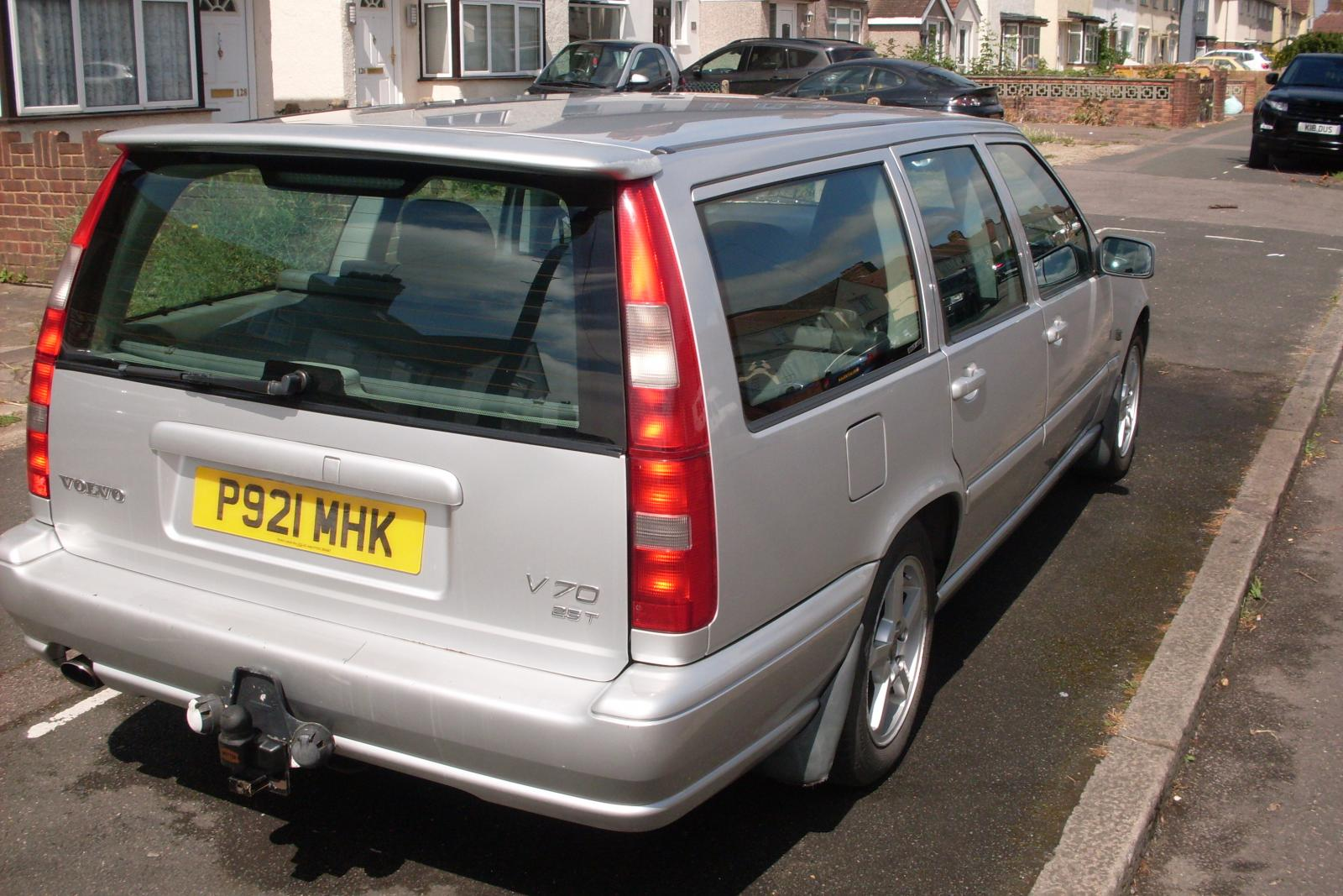My Volvo 4.JPG