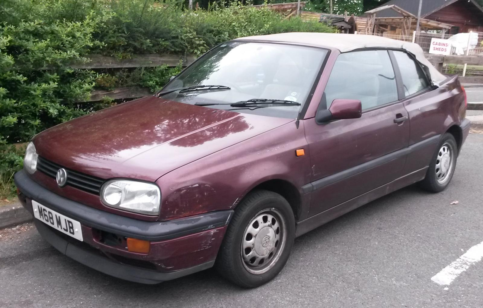 1994 Volkswagen Golf Cabriolet.jpg