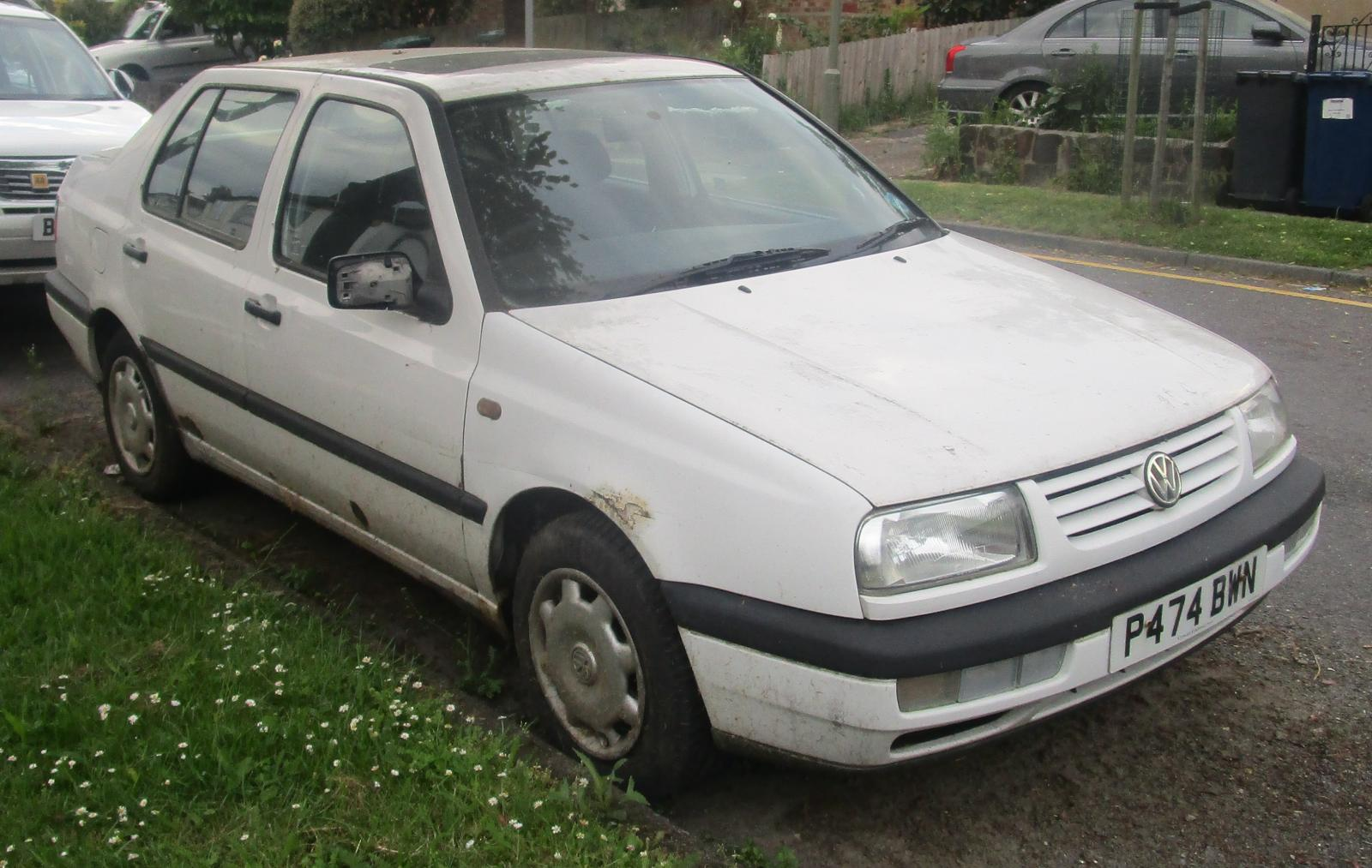 1996 Volkswagen Vento CL TDI.JPG