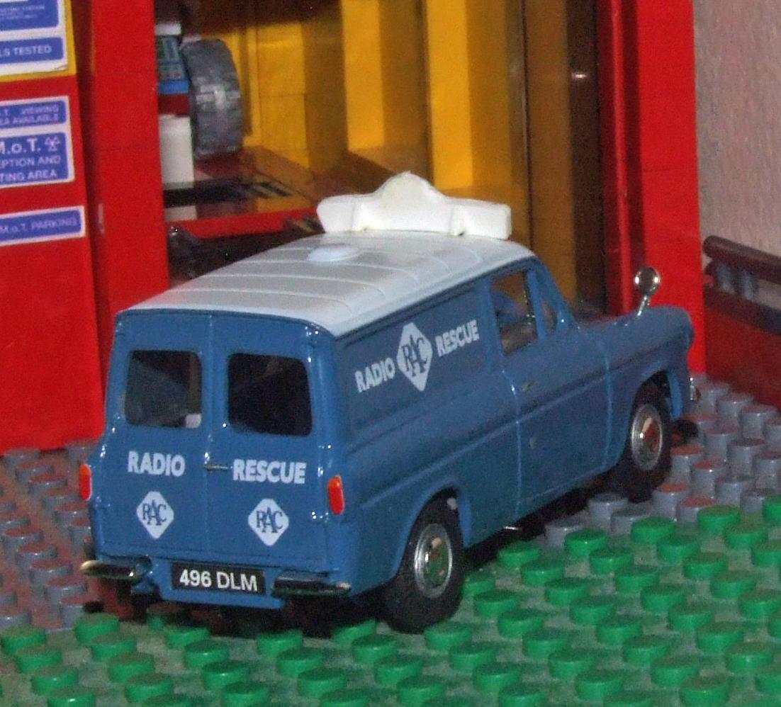 Vanguards RAC Ford Anglia van rear.JPG