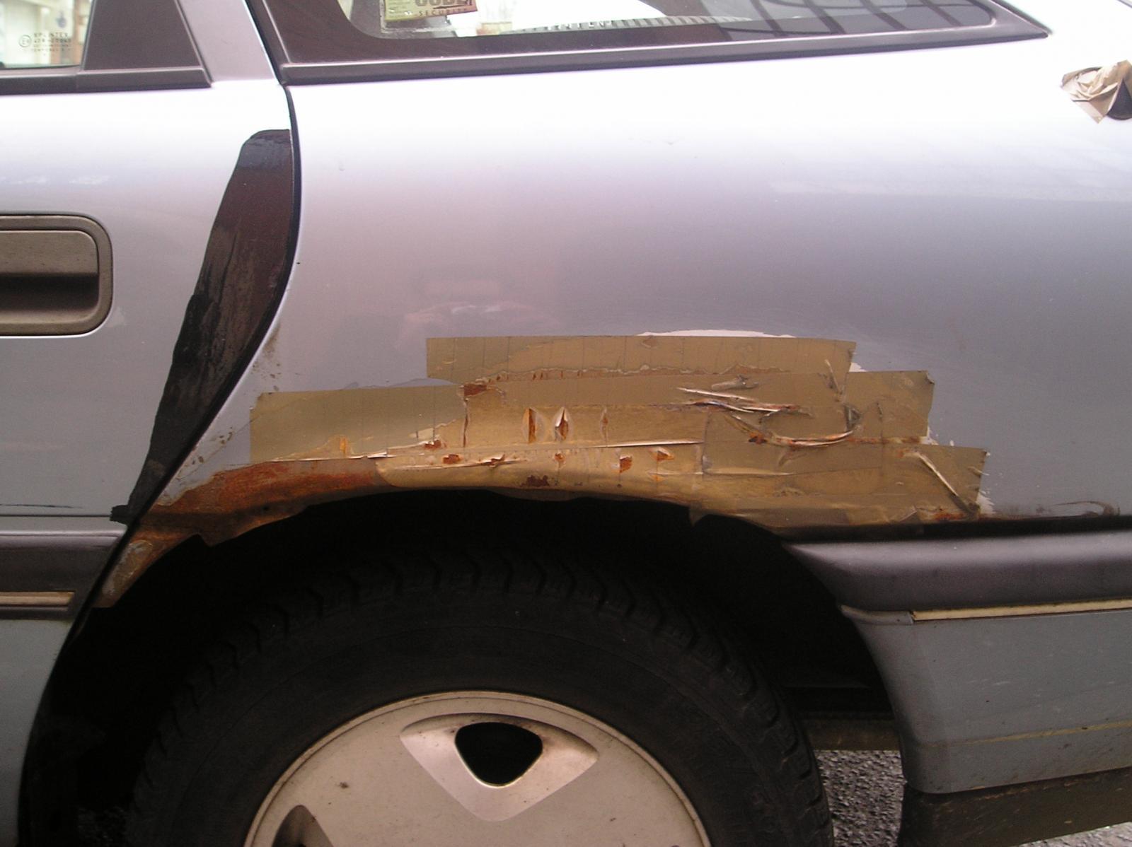 P2140204 Another Fine Sussex Car Repair.JPG