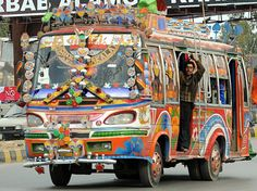 0ade5fd3631b949f6348d8a330bef01d--peshawar-pakistan-transport.jpg