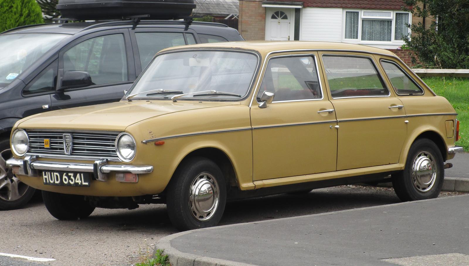 1972 Austin Maxi 1750.JPG