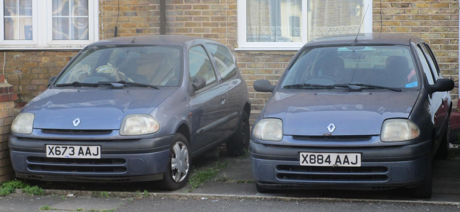 A pair of 2000 Renault Clio Alize.JPG
