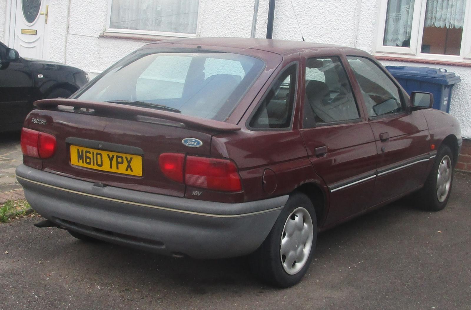 1994 Ford Escort LX.JPG