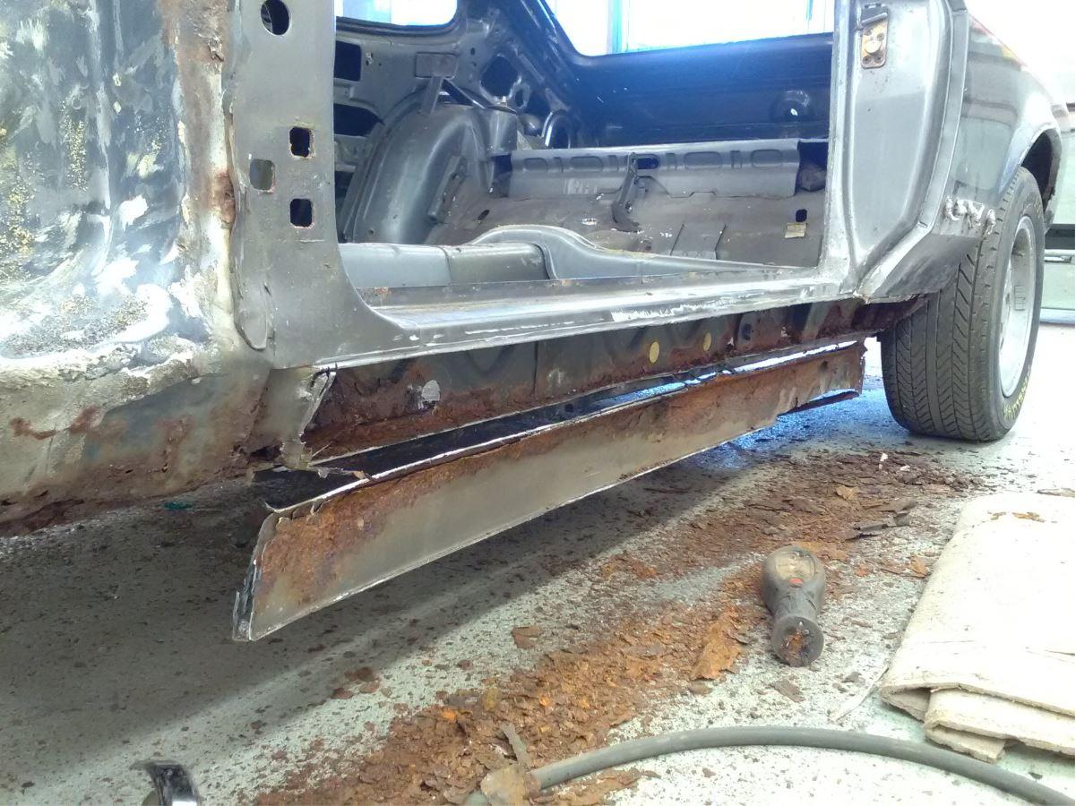 Rusty Capri 4.JPG