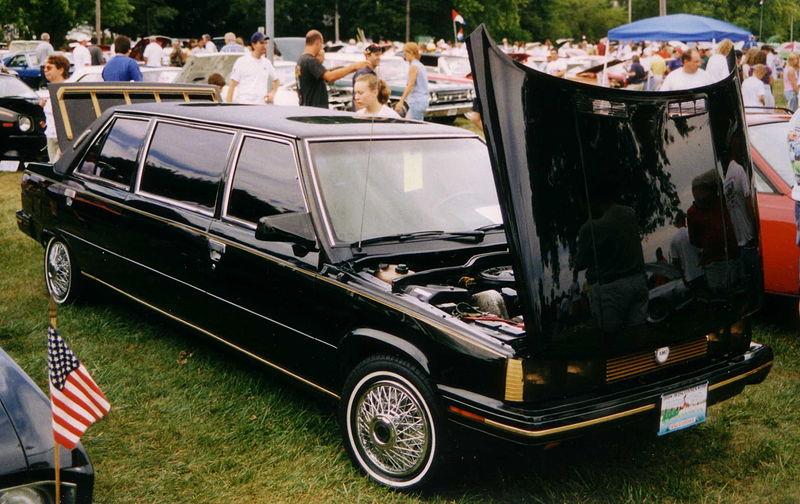 800px-1984_AMC-Renault_Alliance_Limousine.jpg