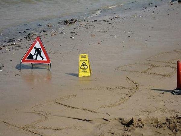 Funny beach signs.jpg