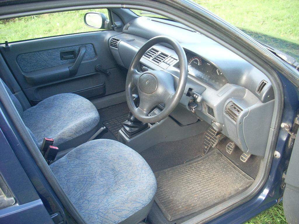 N236EYA interior front.JPG