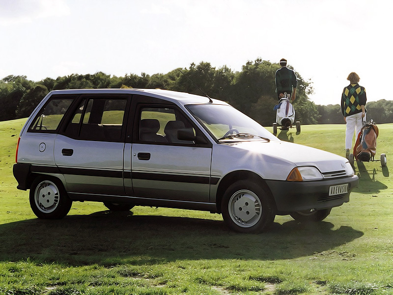 1988 Citroen AX Évasion Concept - press photo.jpg