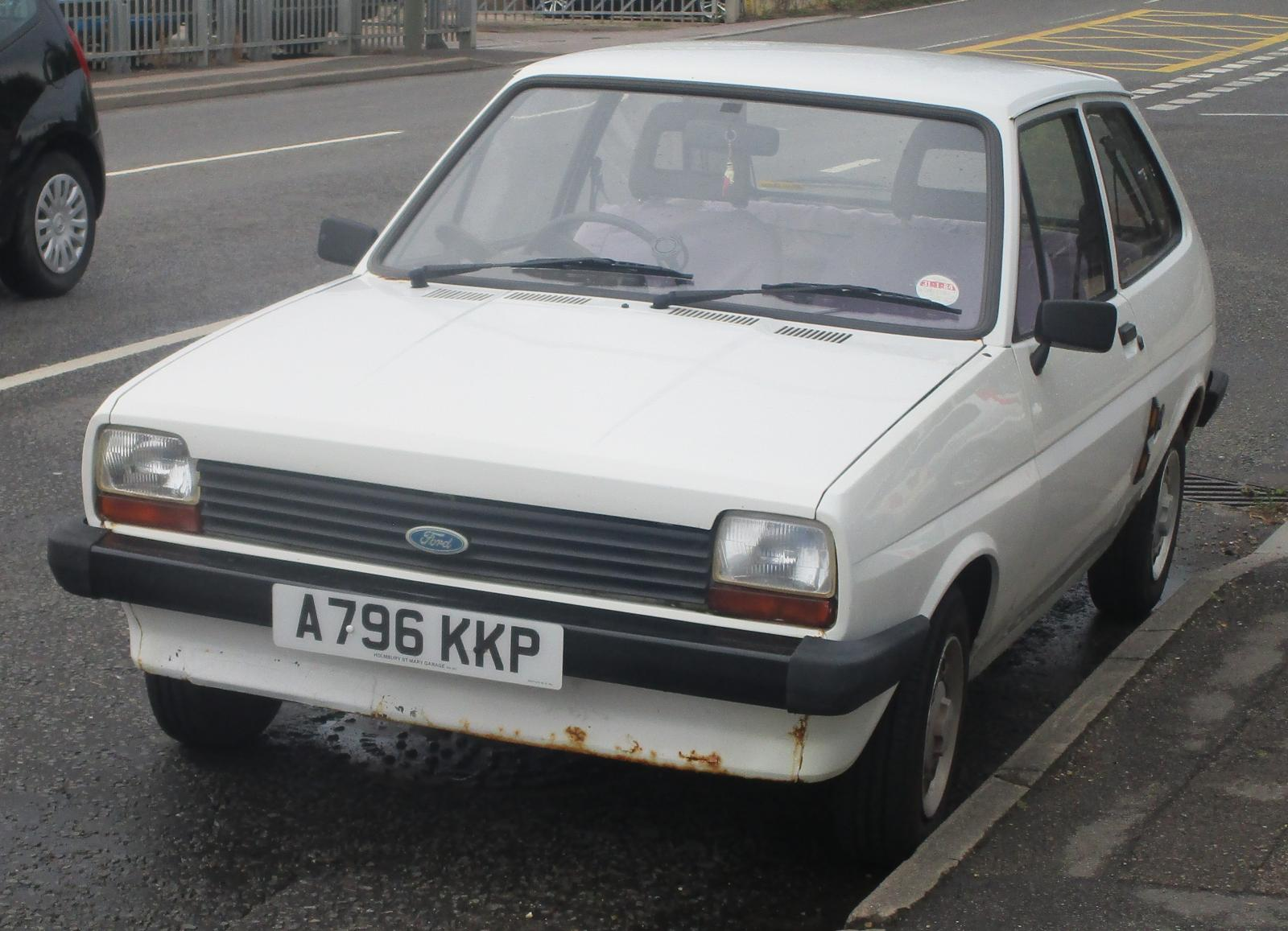 1983 Ford Fiesta 1.1 L jan2011.JPG