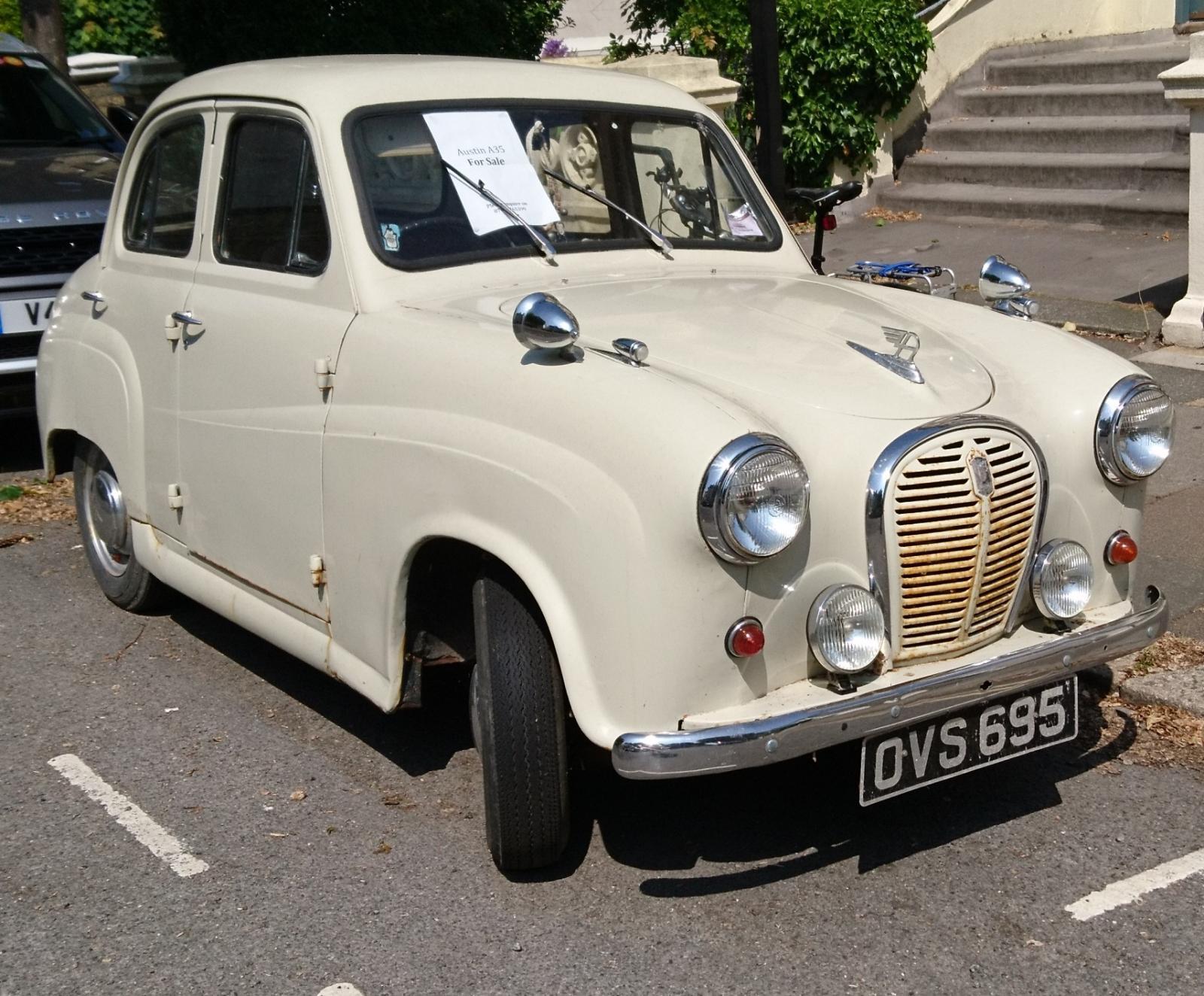 1958 Austin A35 4 door.JPG
