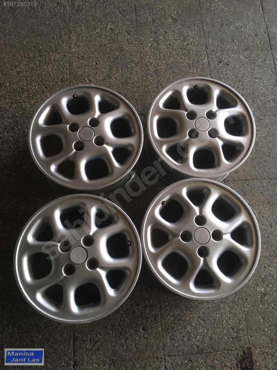 Laguna alloys - criss cross.jpg