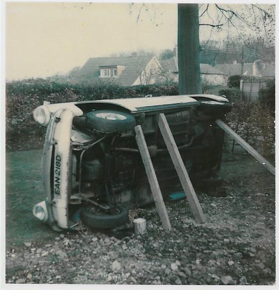 Ford Anglia Saloon.jpg