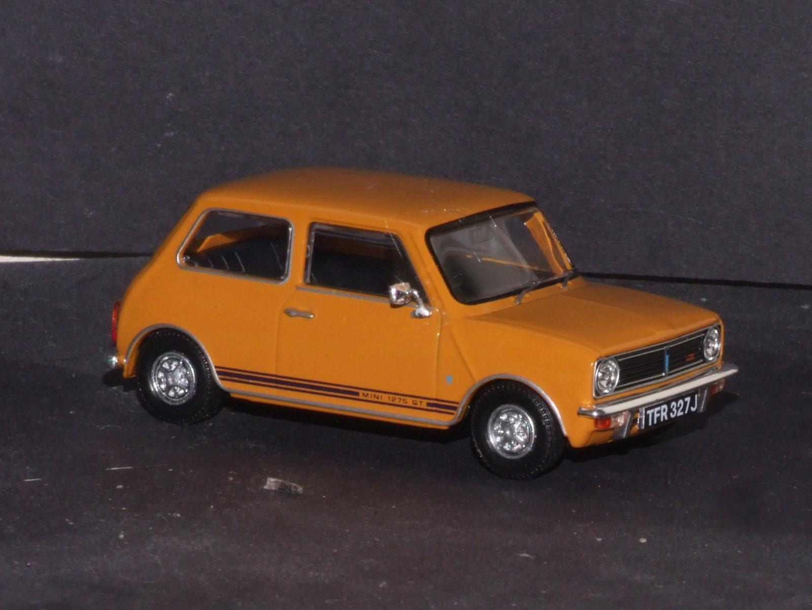 Vanguards Mini 1275GT frt.JPG