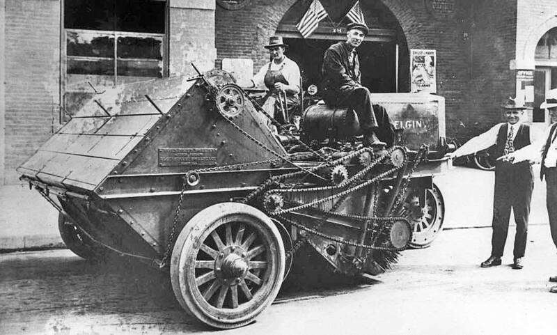 Elgin-Street-Sweeper-New-York-City-1918.jpg