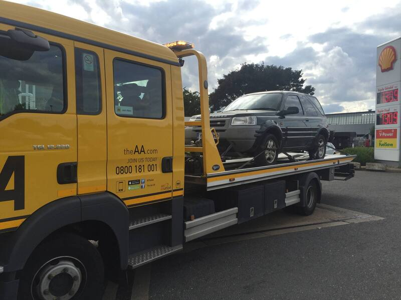 Picture 4A - Man Maths Land Rover purchase - AA to the rescue again.JPG