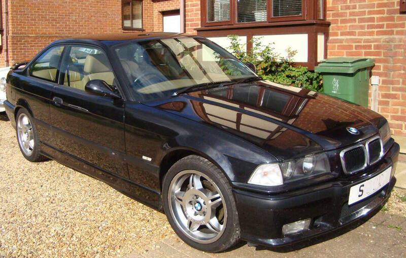 BMW 323i Coupe sport broad.jpg